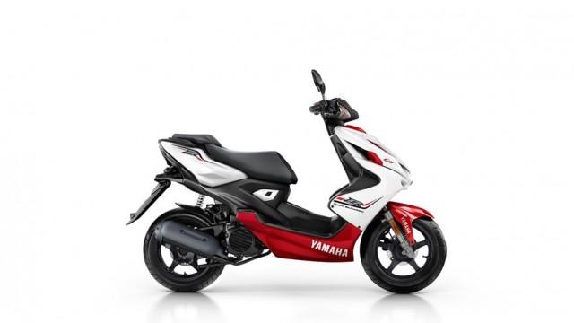 2015-Yamaha-Aerox-4-EU-Absolute-White-Studio-002.jpg